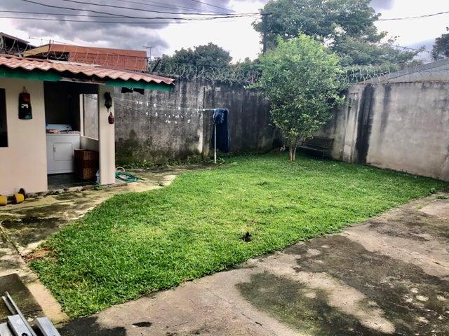 Casa Heredia>Mercedes Norte>Heredia - Venta:180.000 US Dollar - codigo: 21-497
