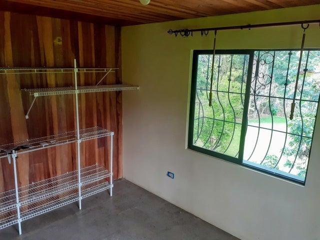 Casa Alajuela>Desamparados>Alajuela - Venta:301.725 US Dollar - codigo: 21-561