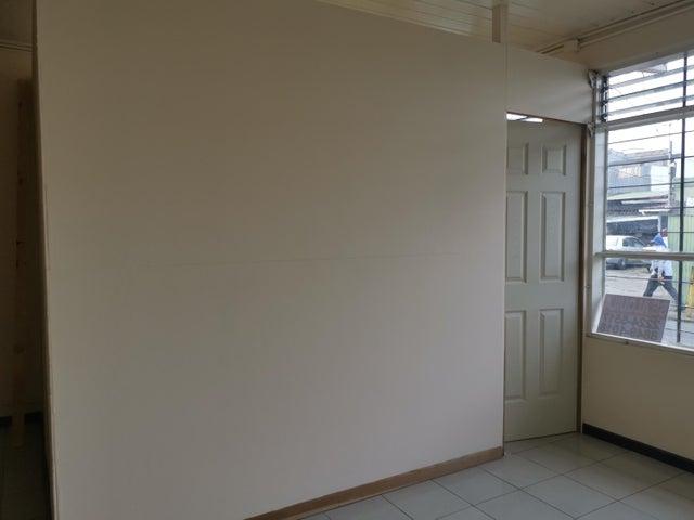 Apartamento San Jose>Guadalupe>Goicoechea - Alquiler:240 US Dollar - codigo: 21-582