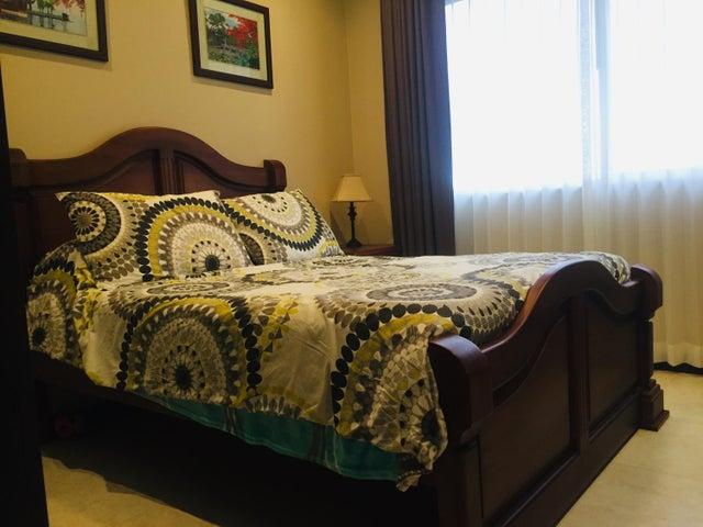 Casa San Jose>Guachipelin>Escazu - Venta:250.000 US Dollar - codigo: 21-1197