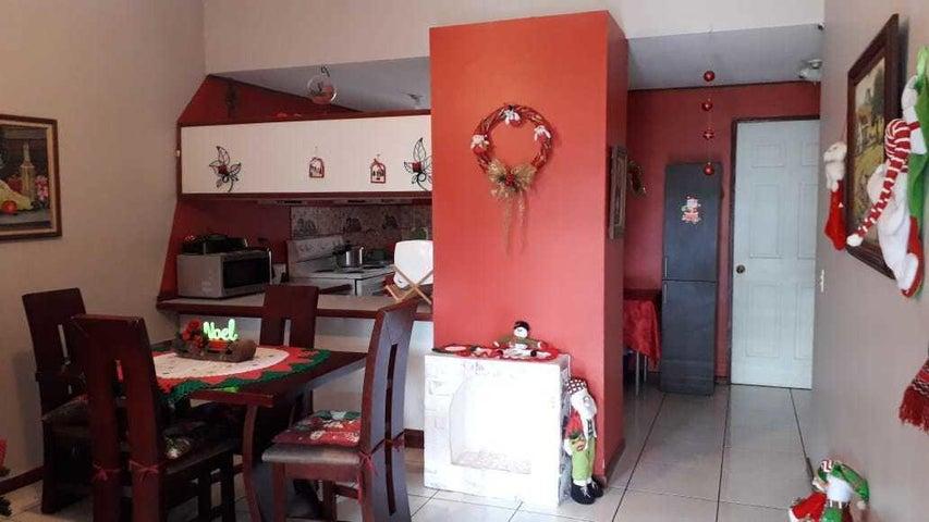 Casa San Jose>Moravia>Moravia - Venta:102.500 US Dollar - codigo: 21-623