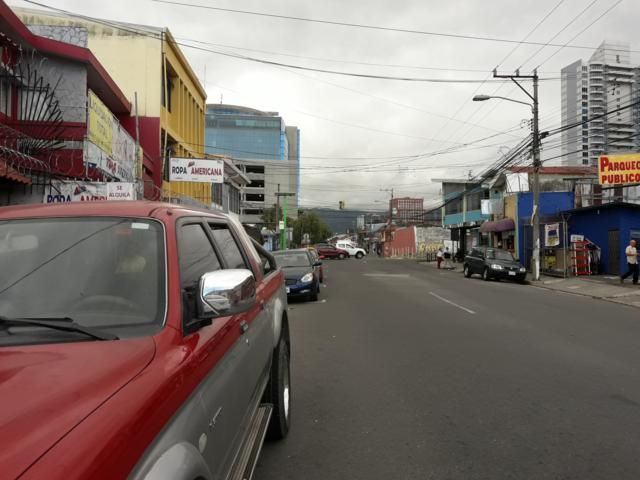 Local comercial San Jose>Paseo Colon>San Jose - Alquiler:450 US Dollar - codigo: 21-670