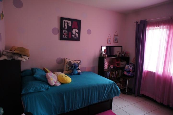 Casa San Jose>Ciudad Colon>Mora - Venta:230.000 US Dollar - codigo: 21-732