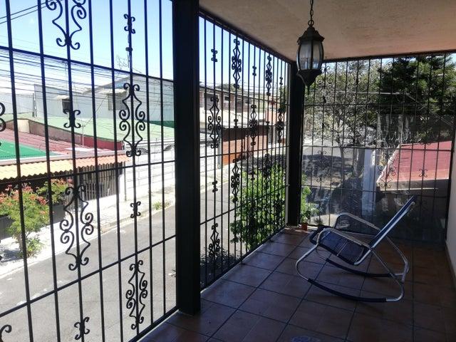 Casa San Jose>Pavas>San Jose - Venta:185.000 US Dollar - codigo: 21-743