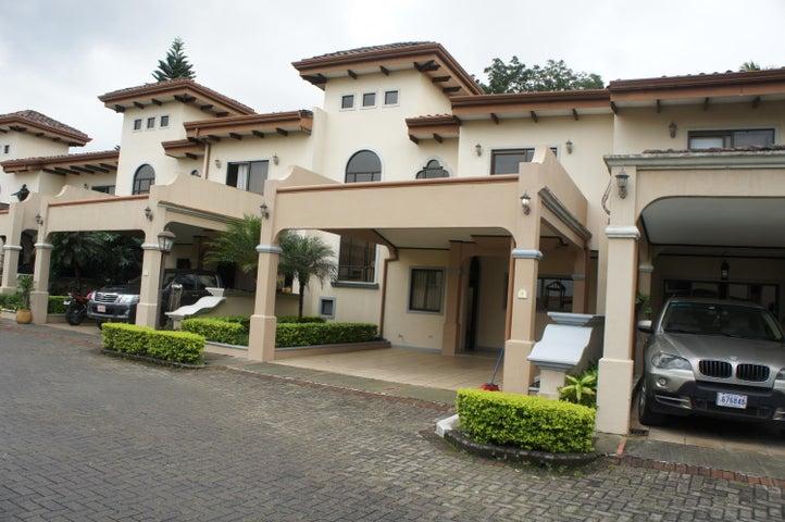 Casa Heredia>Belen>Belen - Venta:200.000 US Dollar - codigo: 21-786