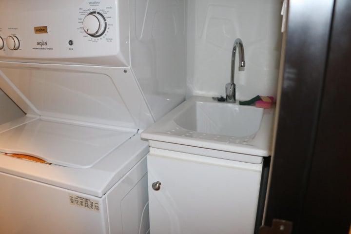 Apartamento San Jose>Escazu>Escazu - Alquiler:1.600 US Dollar - codigo: 21-813