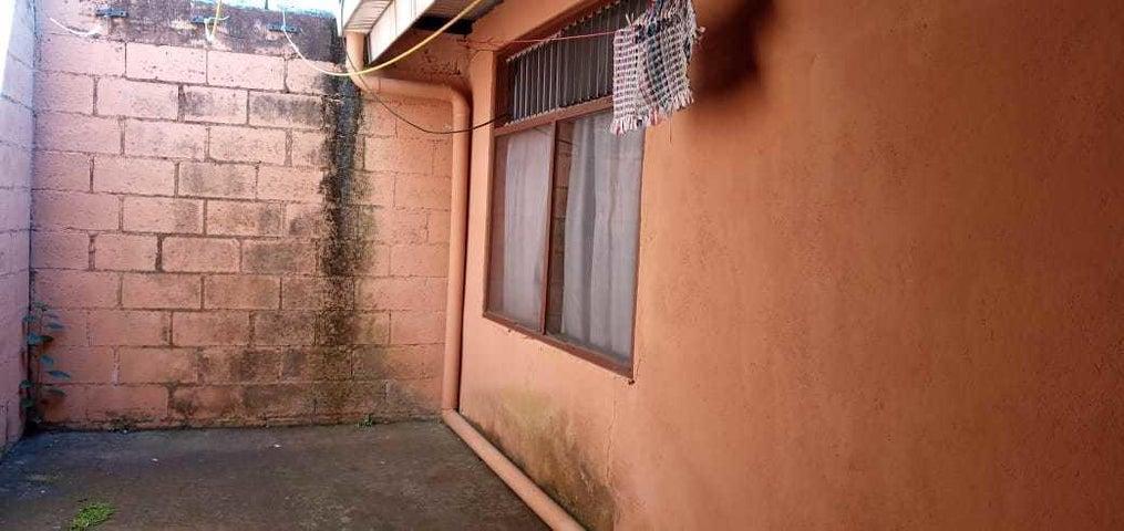Casa Heredia>San Francisco de Heredia>Heredia - Venta:92.000 US Dollar - codigo: 21-887