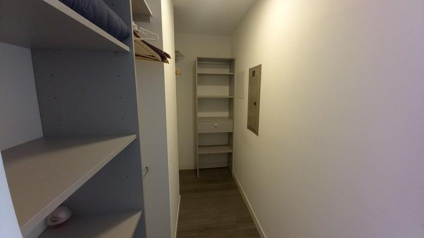 Apartamento San Jose>Escazu>Escazu - Alquiler:1.250 US Dollar - codigo: 21-894