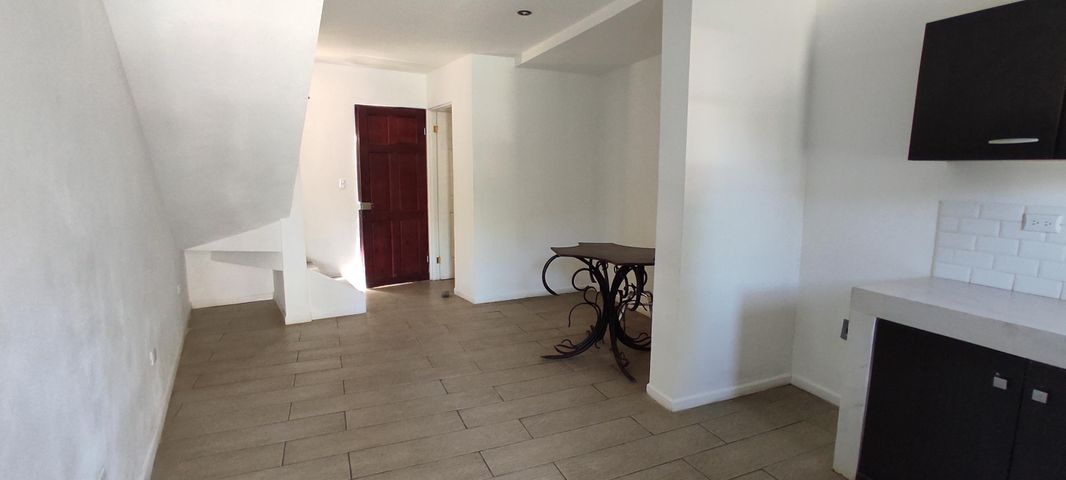 Casa San Jose>Escazu>Escazu - Venta:73.100 US Dollar - codigo: 21-904