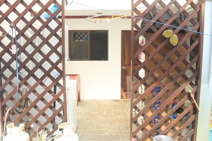 Casa Heredia>Ulloa>Heredia - Venta:123.000 US Dollar - codigo: 21-939