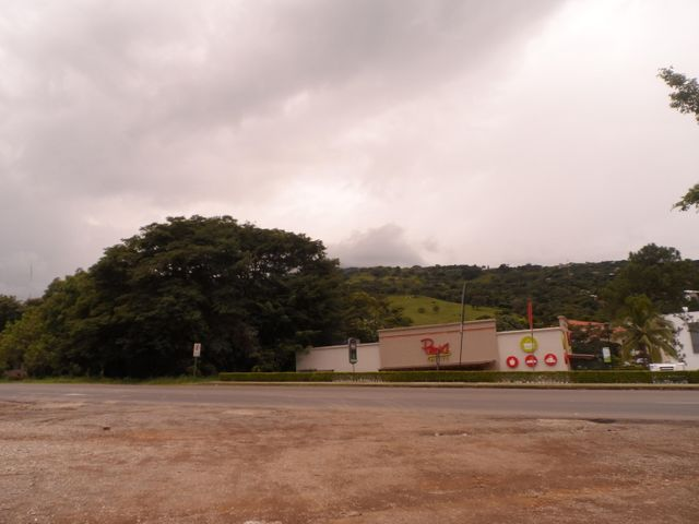 Terreno San Jose>Brasil de Santa Ana>Santa Ana - Venta:4.700.000 US Dollar - codigo: 21-950