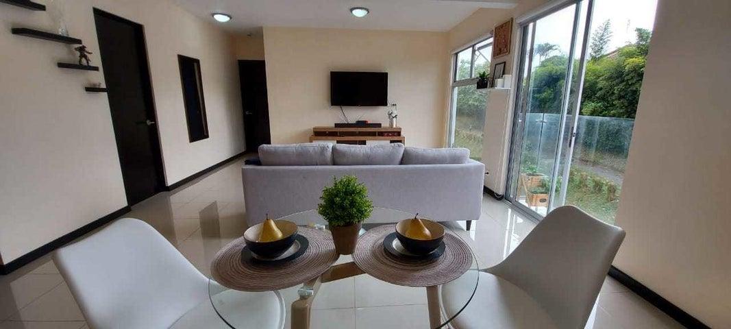 Apartamento San Jose>Granadilla>Curridabat - Venta:125.000 US Dollar - codigo: 21-974