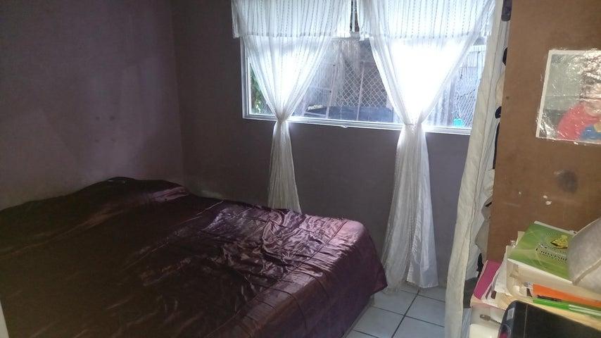 Casa San Jose>Ciudad Colon>Mora - Venta:100.000 US Dollar - codigo: 21-1018