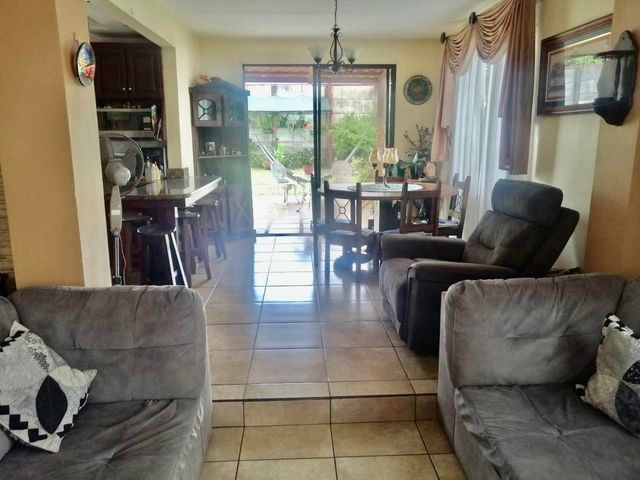 Casa Heredia>Belen>Belen - Venta:290.000 US Dollar - codigo: 21-1040