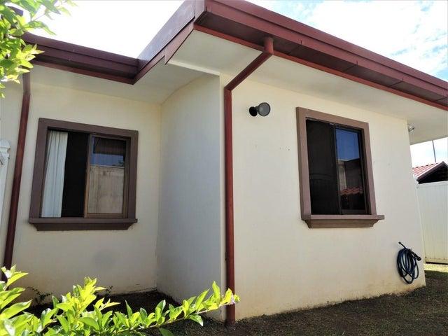 Casa Alajuela>La Guacima>Alajuela - Venta:118.000 US Dollar - codigo: 21-1052