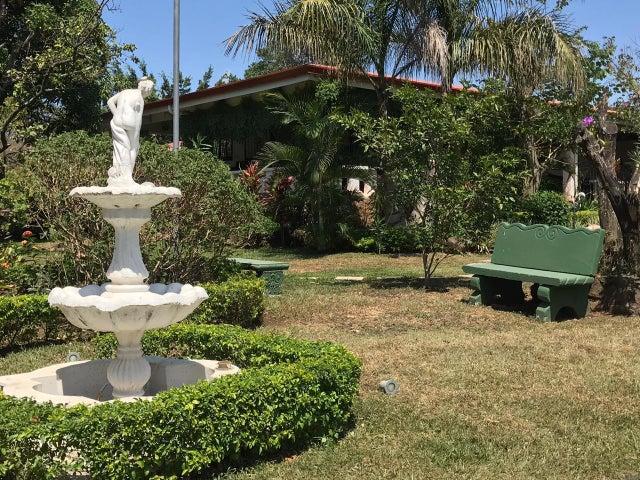Apartamento Alajuela>Turrucares>Alajuela - Alquiler:800 US Dollar - codigo: 21-1058