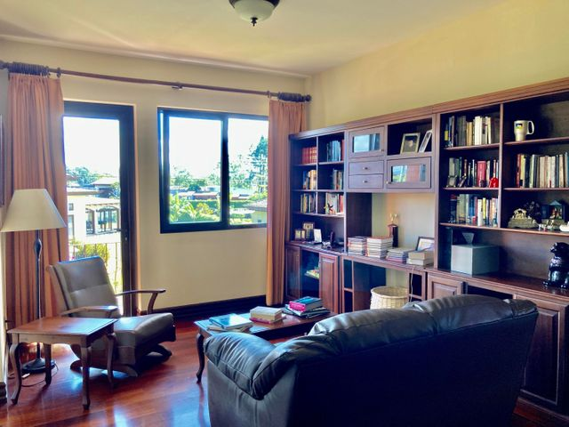 Casa Heredia>Santo Domingo>Santo Domingo - Venta:990.000 US Dollar - codigo: 21-1066