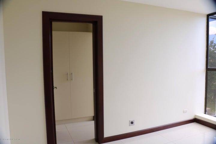 Apartamento San Jose>Escazu>Escazu - Alquiler:2.200 US Dollar - codigo: 21-1084