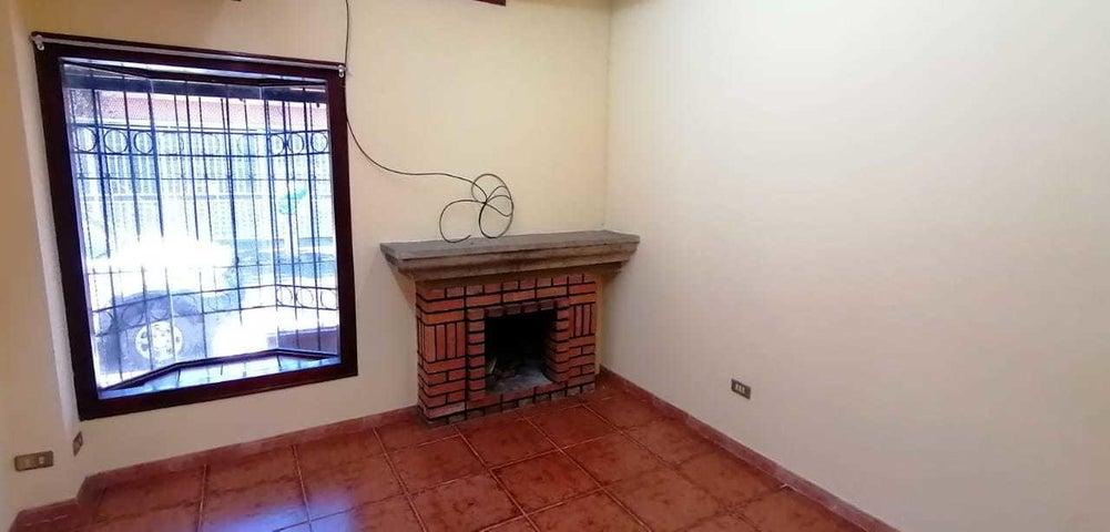 Casa San Jose>Guadalupe>Goicoechea - Venta:127.500 US Dollar - codigo: 21-1203