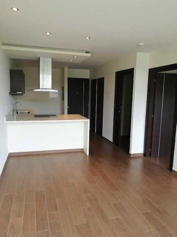 Apartamento San Jose>Santa Ana>Santa Ana - Venta:140.000 US Dollar - codigo: 21-1208