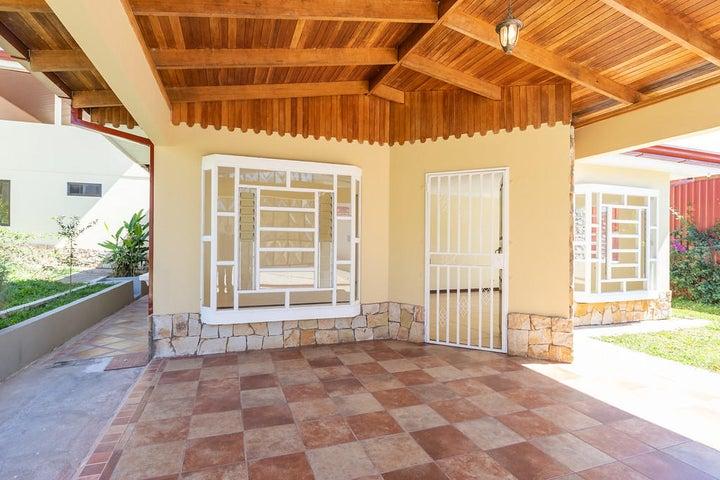 Casa San Jose>Santiago>Puriscal - Venta:228.000 US Dollar - codigo: 21-689