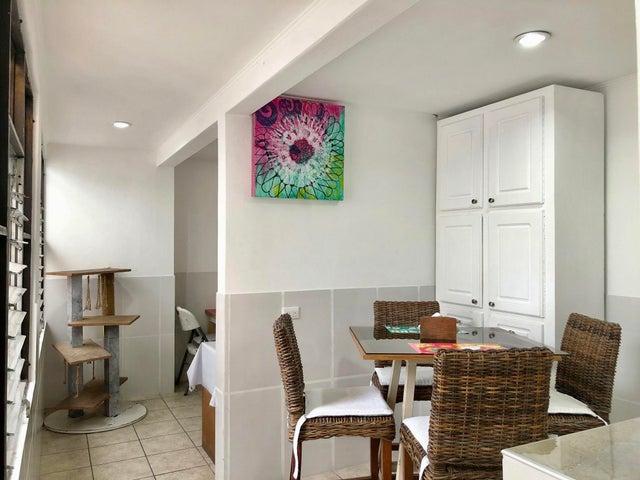 Casa San Jose>Escazu>Escazu - Venta:140.000 US Dollar - codigo: 21-1184