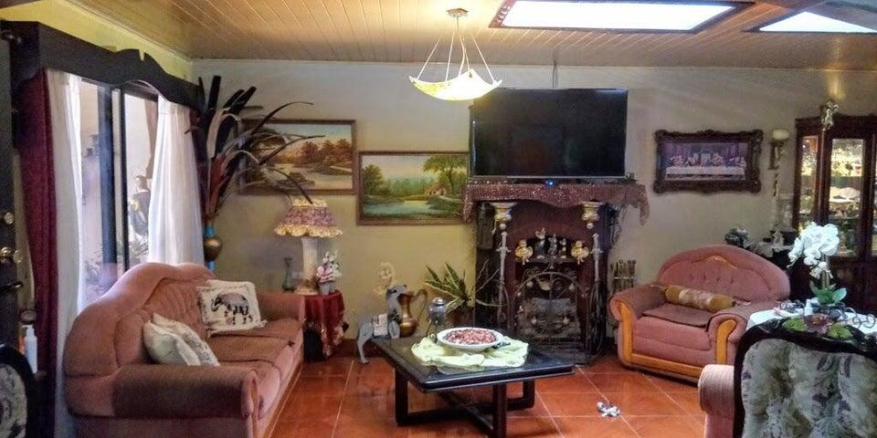 Casa Alajuela>Grecia>Grecia - Venta:270.000 US Dollar - codigo: 21-1295