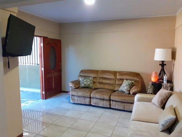 Casa Heredia>Ulloa>Heredia - Venta:121.951 US Dollar - codigo: 21-1391