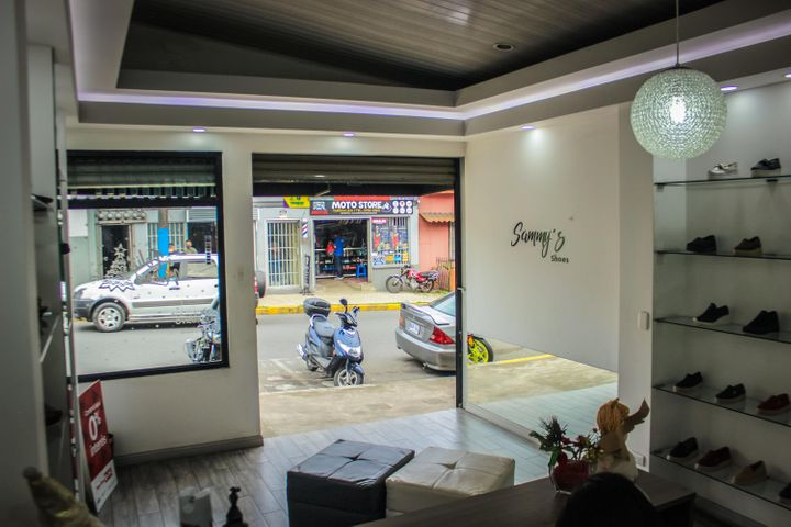 Local comercial Cartago>Turrialba>Turrialba - Venta:295.000 US Dollar - codigo: 21-1429