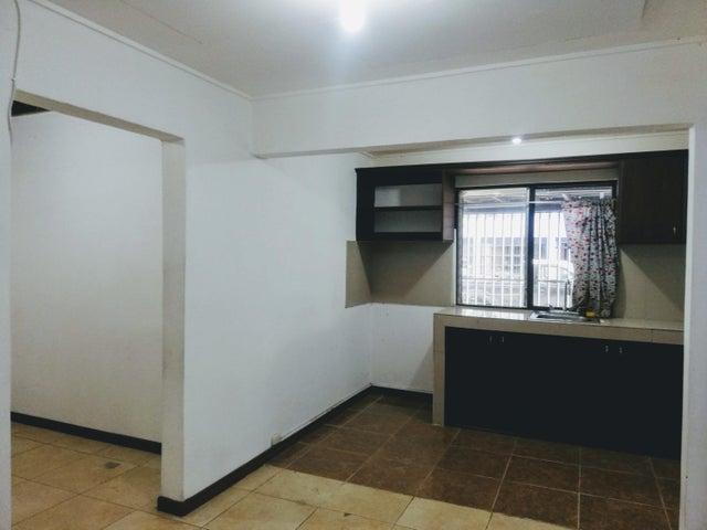 Apartamento San Jose>Sabana>San Jose - Alquiler:450 US Dollar - codigo: 21-1437