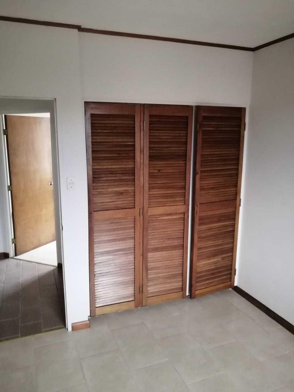 Apartamento San Jose>Sabana>San Jose - Alquiler:650 US Dollar - codigo: 21-1453