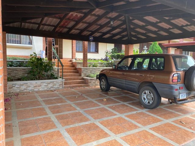 Casa Heredia>Belen>Belen - Venta:225.000 US Dollar - codigo: 21-1515
