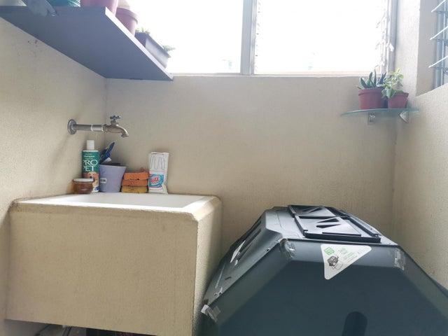 Apartamento Heredia>San Francisco>Heredia - Venta:125.000 US Dollar - codigo: 21-1562