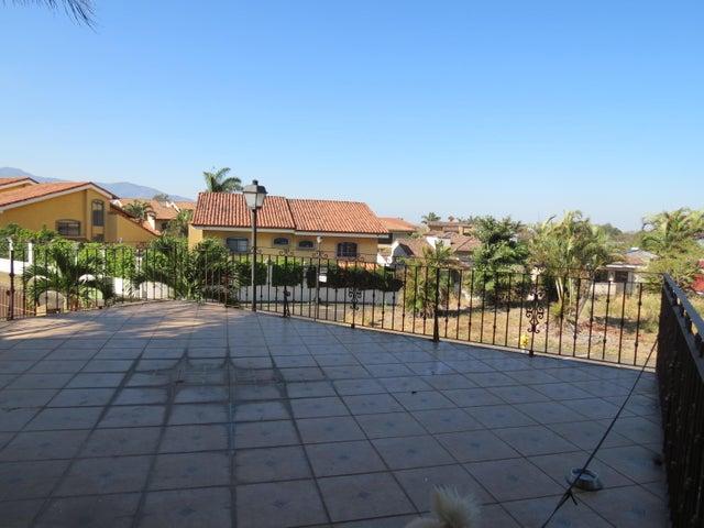 Casa Heredia>Ciudad Cariari>Belen - Venta:680.000 US Dollar - codigo: 21-1565