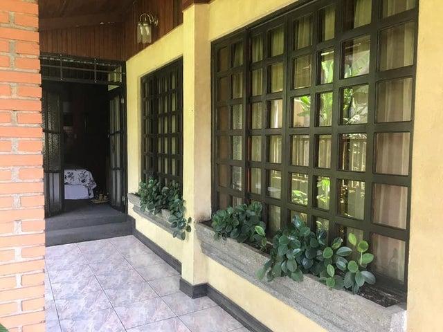 Casa Cartago>Santa Rosa>Turrialba - Venta:217.800 US Dollar - codigo: 21-1606