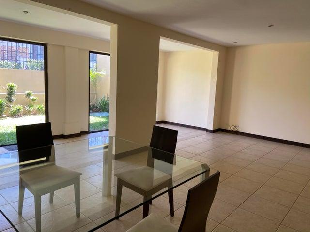 Casa San Jose>San Rafael Escazu>Escazu - Venta:245.000 US Dollar - codigo: 21-1585