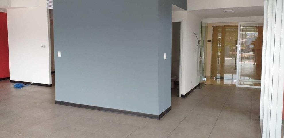 Oficina San Jose>Tibas>Tibas - Alquiler:2.204 US Dollar - codigo: 21-1614