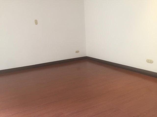 Apartamento San Jose>Trejos Montealegre>Escazu - Venta:200.000 US Dollar - codigo: 21-1689