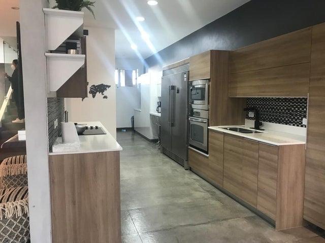 Casa San Jose>San Rafael Escazu>Escazu - Venta:460.000 US Dollar - codigo: 21-1610