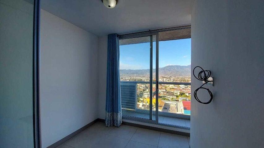 Apartamento San Jose>Curridabat>Curridabat - Alquiler:675 US Dollar - codigo: 21-1688