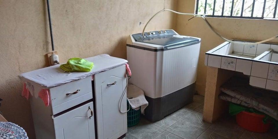 Casa Alajuela>Atenas>Atenas - Venta:110.000 US Dollar - codigo: 21-1706