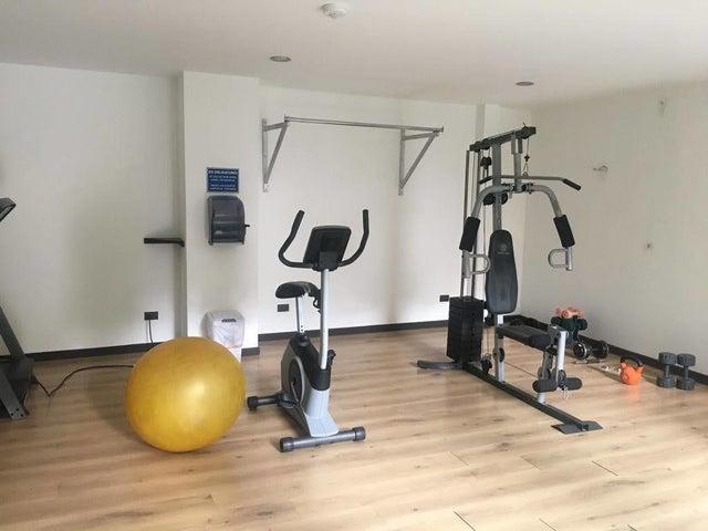 Apartamento San Jose>La Uruca>San Jose - Venta:210.000 US Dollar - codigo: 21-1708