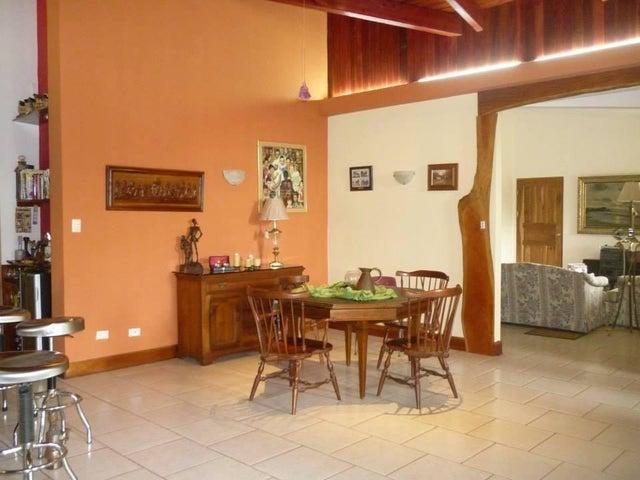 Casa San Jose>Ciudad Colon>San Jose - Venta:190.000 US Dollar - codigo: 21-1715