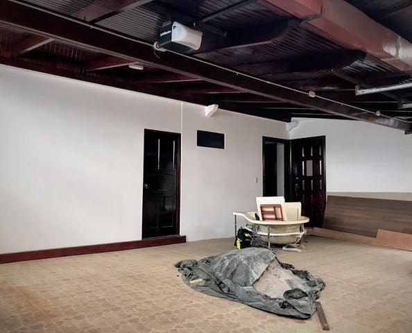 Casa San Jose>San Jose>Montes de Oca - Venta:225.000 US Dollar - codigo: 21-1735