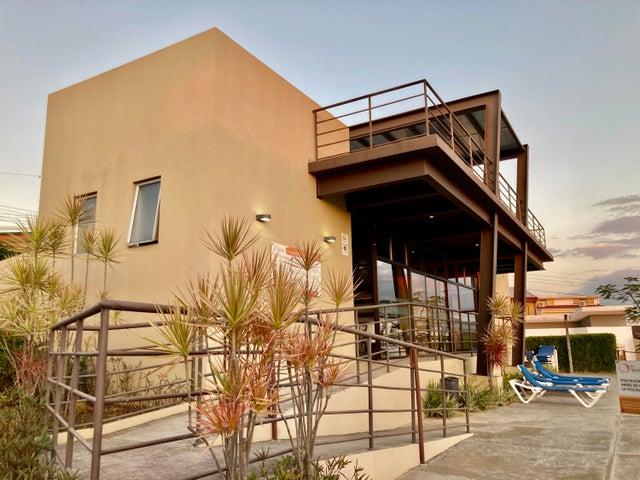 Casa Heredia>Ulloa>Heredia - Venta:203.000 US Dollar - codigo: 21-1747