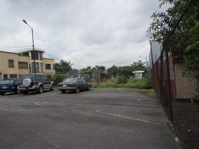 Terreno San Jose>Zapote>San Jose - Venta:570.000 US Dollar - codigo: 21-1749