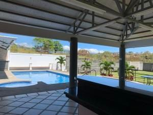 Casa Alajuela>Rio Segundo>Alajuela - Venta:200.000 US Dollar - codigo: 21-1768