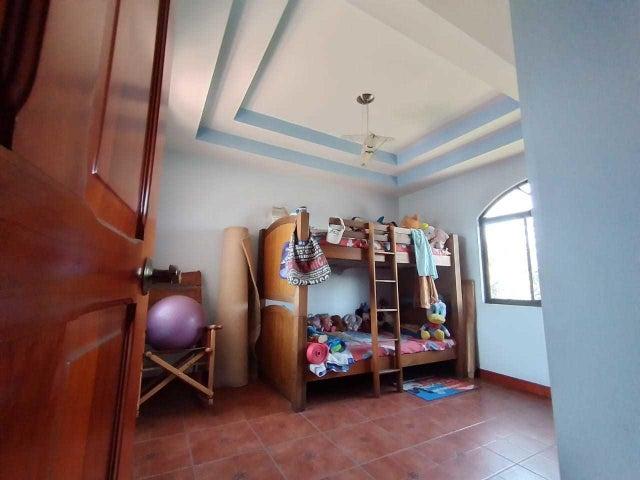 Casa San Jose>Curridabat>Curridabat - Venta:415.000 US Dollar - codigo: 21-1479