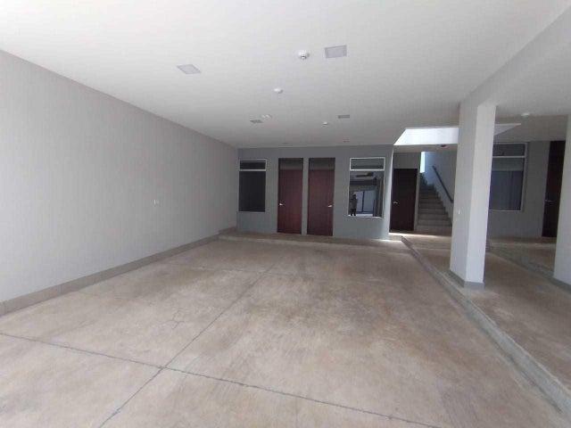 Apartamento San Jose>Lomas de Ayarco Sur>Curridabat - Venta:129.000 US Dollar - codigo: 21-1783