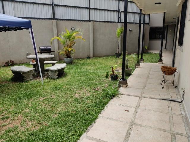 Apartamento San Jose>Zapote>San Jose - Venta:93.000 US Dollar - codigo: 21-1804